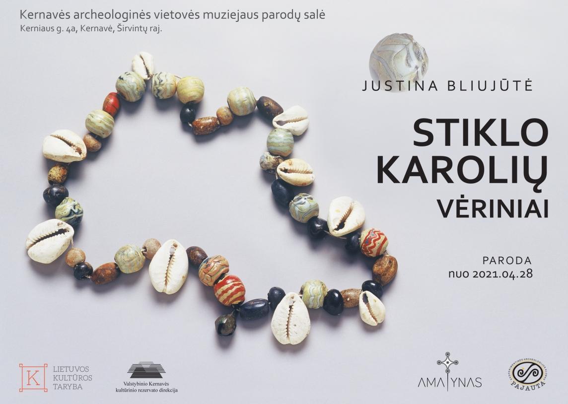 Kviečiame aplankyti naują parodą - Justinos Bliujūtės Stiklo karolių vėriniai